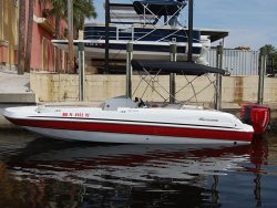 Hurricane 232 deck boat for rent in Cape Coral</th> <th > Fort Myers and Port Charlotte Florida